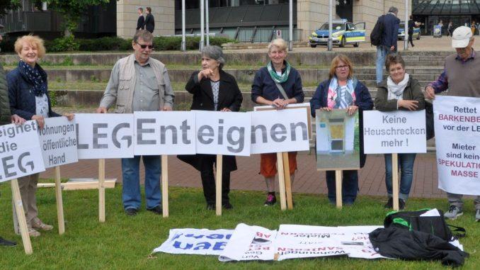 Vor dem Landtag: Mieter*innen-Protest gegen LEG
